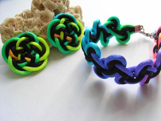 Bracelet with 925 Silver Earring Set - By Chinese Knot & Celtic Knot - Black, Rainbow Color. $16,99, via Etsy.