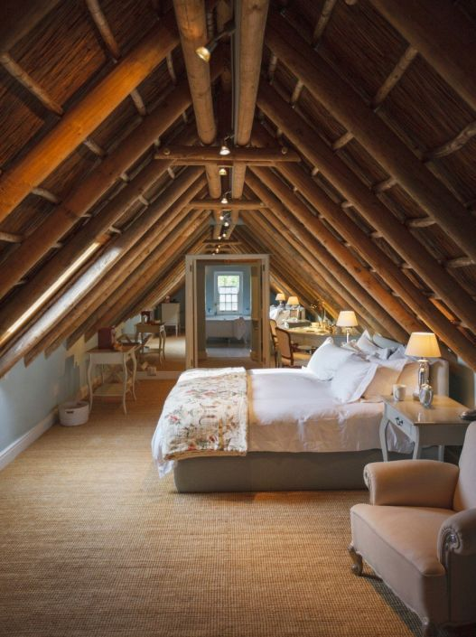 15 Najlepsih Potkrovlja Kao Instant Inspiracija Za Uređenje Spavace Sobe Attic Bedrooms Attic Bedroom Small Angled Ceilings