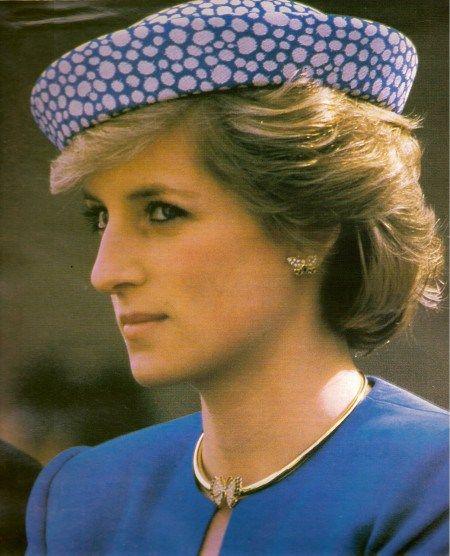 Princess Diana's Sapphire & Pearl Choker Photo (C) GETTY IMAGES