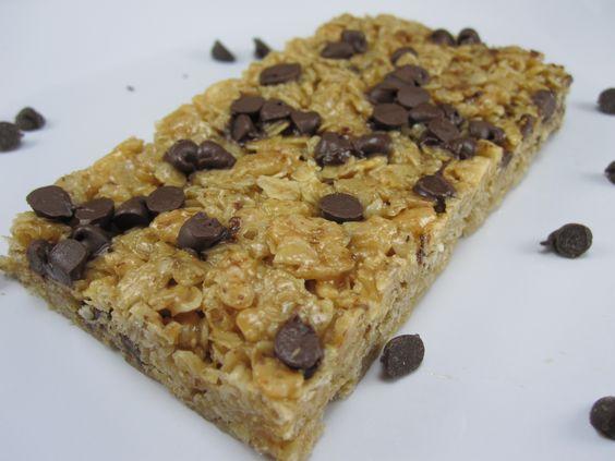 Peanut Butter Chocolate Chip No-Bake Granola Bars