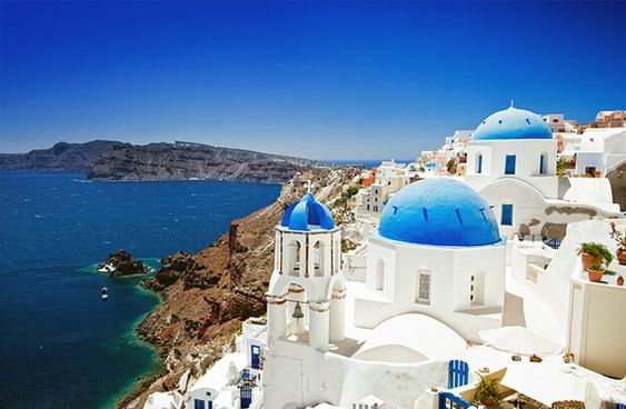 i love this iconic picture of Greece. It makes me want to have breakfast on one of the rooftops.: Dream Destination, Dream Vacation, Bucket List, Favorite Place, Dreamvacation, Dream Place, Beautiful Place, Greek Isle