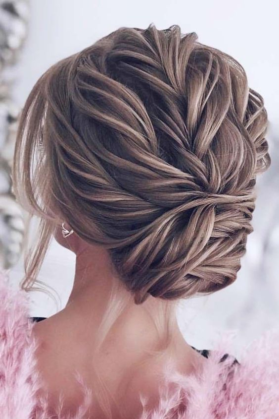 47 Elegant Wedding Hair Style Inspiration For Your Wedding Day Awimina Blog Braided Prom Hair Medium Hair Styles Medium Length Hair Styles
