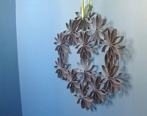 paper roll wreath