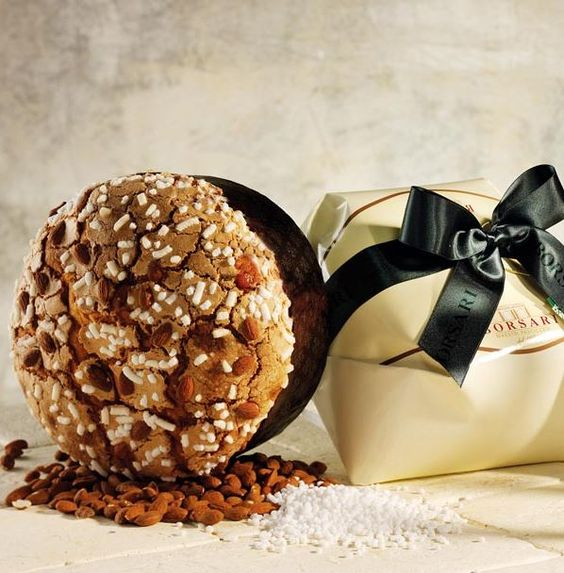 Almond iced Panettone // #singapore #christmas #italy #xmas #delicious #gift #confectionery #traditional #authentic #artisan