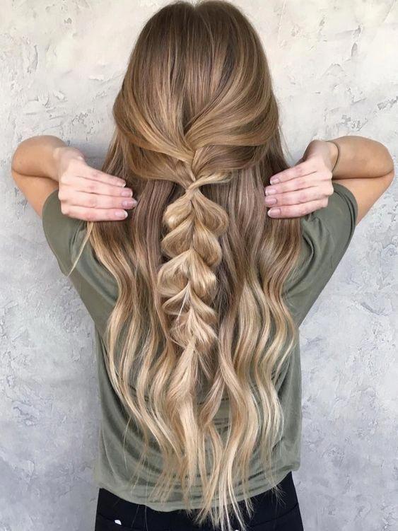 6最新のパーティーヘアスタイルと一緒にスタイリングのヒント Braidedhairstyles In 2020 Cute Simple Hairstyles Easy Hairstyles For Long Hair Easy Hairstyles
