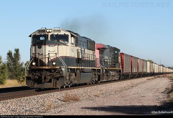 railpictures net photo  bnsf 9823 bnsf railway emd sd70mac