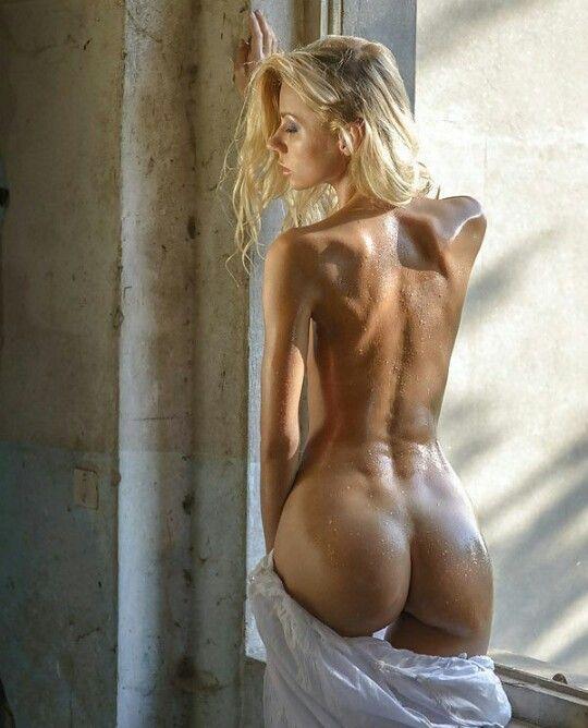 Шикарные голые дамы фото 97512 фотография