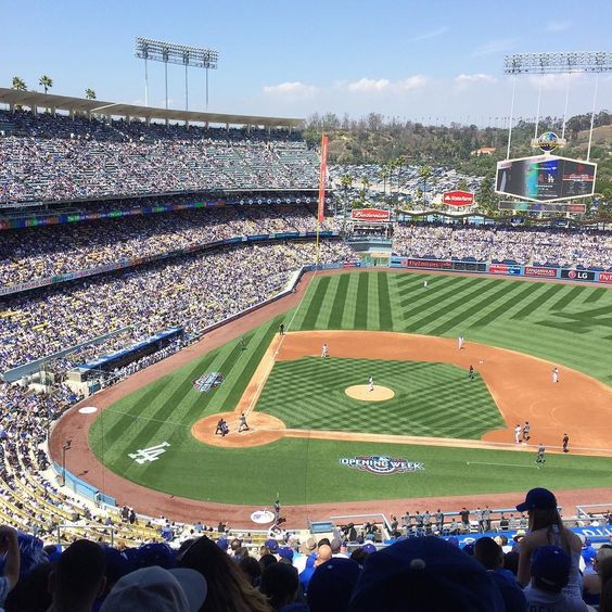 THINK BLUE: Go Dodgers blue @dodgers #dodgerstadium #opeingday #opeingdodgers by will54_86