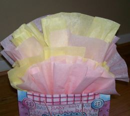 Great tutorial on how to make tissue paper look beautiful in gift bags.