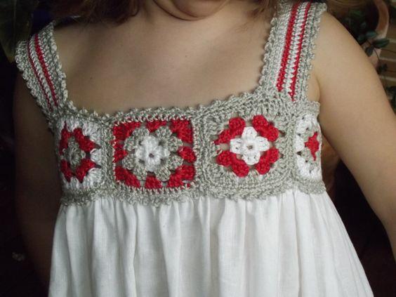 Vestido con canesú de crochet en cuadrados granny - Inspiración- ♥Teresa Restegui http://www.pinterest.com/teretegui/ ★♥: