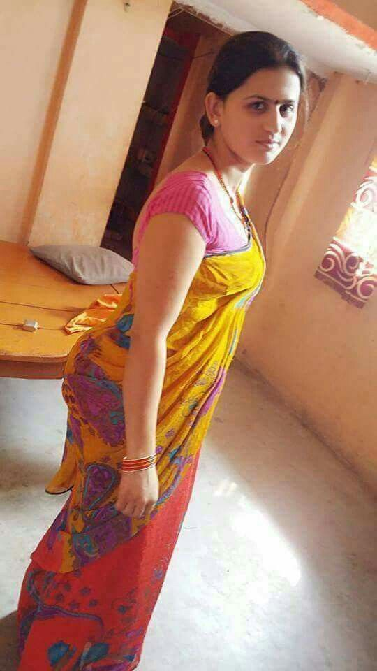 nude saree in indian aunty
