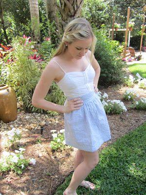 How to make your own seersucker skirt with zipper