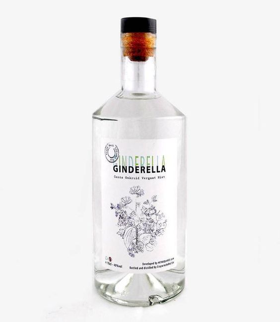 De tijd dat de bar werd aangevuld met enkel Britse gins, is lang voorbij. Tegenwoordig vinden uitstekende creaties van Belgische makelij vlotjes de weg naar de koper. 11 tips voor onder de kerstboom.