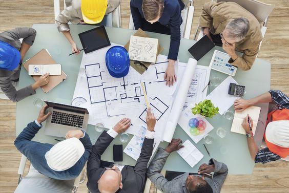 Conhecimentos matemáticos, técnicos e científicos aplicados na criação, aperfeiçoamento de utilidades. De uma forma ampla, pode-se definir assim a Engenharia. Com cadeiras disputadas em todas as grandes universidades, ela está conectada a diferentes áreas da vida humana.