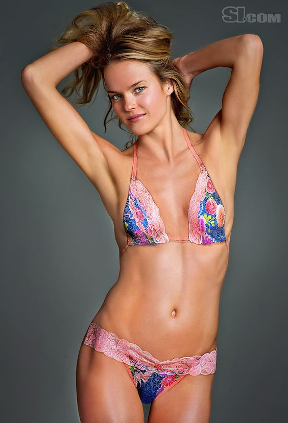 Sports Illustrated Swimsuit 2011 Body Paint Shannan click - sports ...