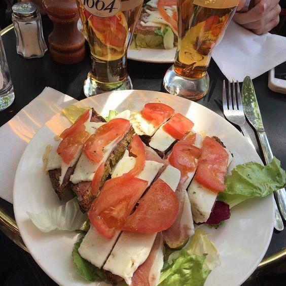 merci @mathbvd !  Bar de La Croix Rouge #tartine #poilâne #Paris #food