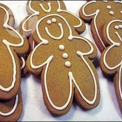 Foto da receita: Gingerbread  (bonequinhos de gengibre)