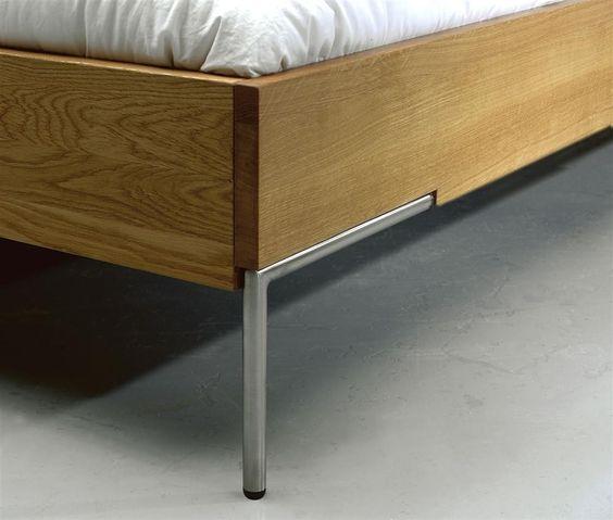 Schlichtes 2Time Bett aus Eiche massiv geölt, 180 x 200 cm, beste Qualität in Material und Verarbeitung - InteriorPark.