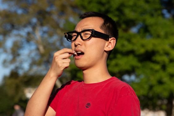 FitByte glasses designed to keep an eye on your diet