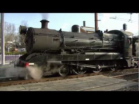 Australian Steam Trains: NSW RTM Blue Mountains Flyer to Katoomba with 3526