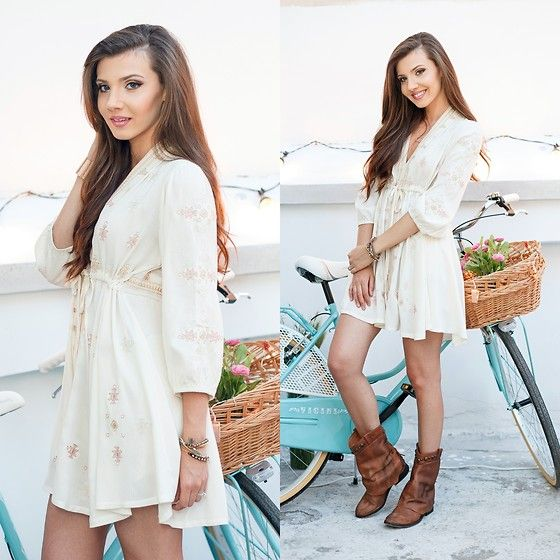 Get this look: http://lb.nu/look/7474004  More looks by Larisa Costea: http://lb.nu/themysteriousgirl  Items in this look:  Sheinside Dress, Free People Boots   #bohemian #casual #street
