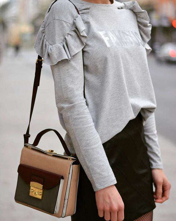 """237 Me gusta, 22 comentarios - Elena Botella (@healthyoutfit) en Instagram: """"La semana que viene en el blog ✌😍 A disfrutar del domingo amigos😘😘 www.healthyoutfit.com  #ootd…"""":"""