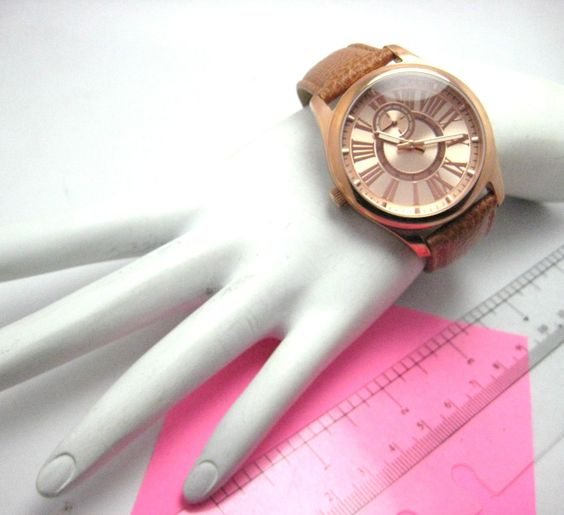 Ladies Watch by Bronzo Italia #ladieswatch #watch #bronzo #italia