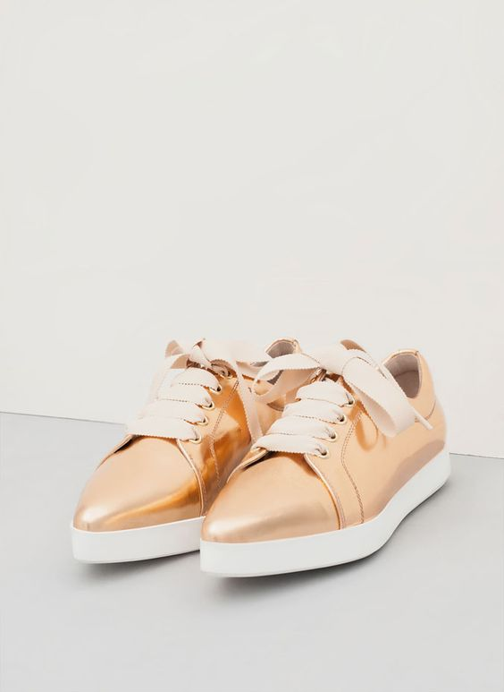 Shiny pointed toe sneaker - See all - FOOTWEAR - Uterqüe Mexico