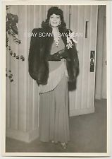 KAY FRANCIS BEAUTIFUL VINTAGE CANDID PHOTO AT CIRO'S 1941