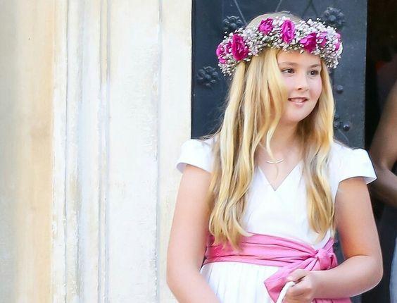 Catharina-Amalia Beatrix Carmen Victoria Prinses van Oranje, Prinses der…