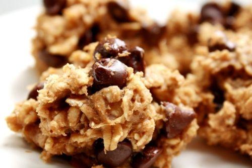 """""""Healthy"""" Peanut Butter Banana Oatmeal Cookie recipe - no sugar, eggs or butter!"""