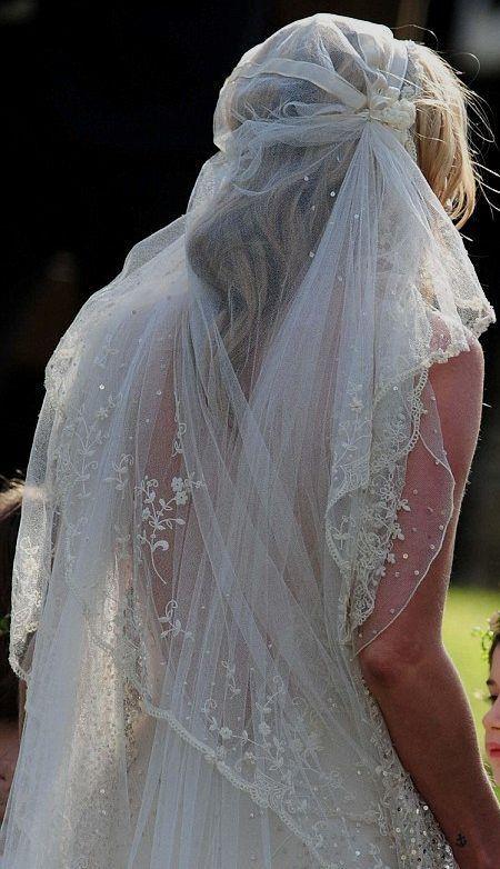 Kate Moss - Foto by Mario Testino per Vogue USA: