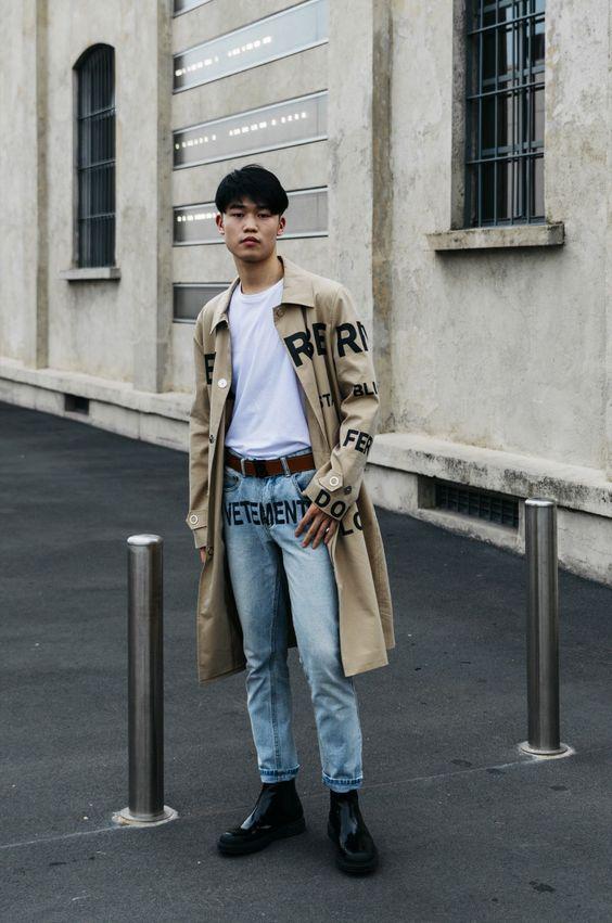 Theo Tang in Milan白Tシャツ海外メンズコーデ