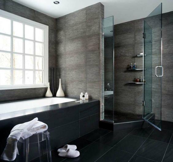 Moderne Badezimmer Mit Dusche Und Badewanne ~ badgestaltung ideen  badewanne und graue wände  77 BadezimmerIdeen [R