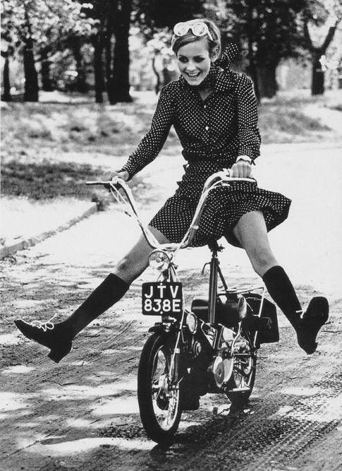 Twiggy riding a bike, 1966 1960s vintage