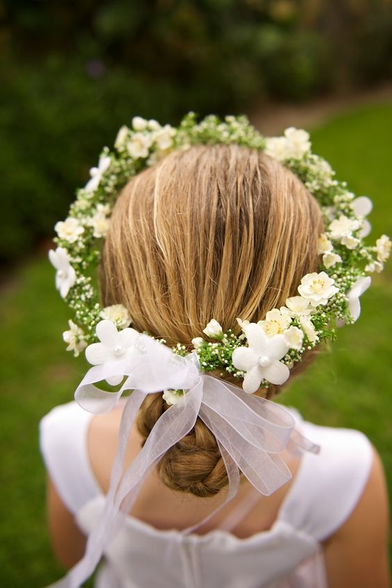 wreath headpiece for flower girl kommunionsfrisur pinterest blume girls und blumen. Black Bedroom Furniture Sets. Home Design Ideas