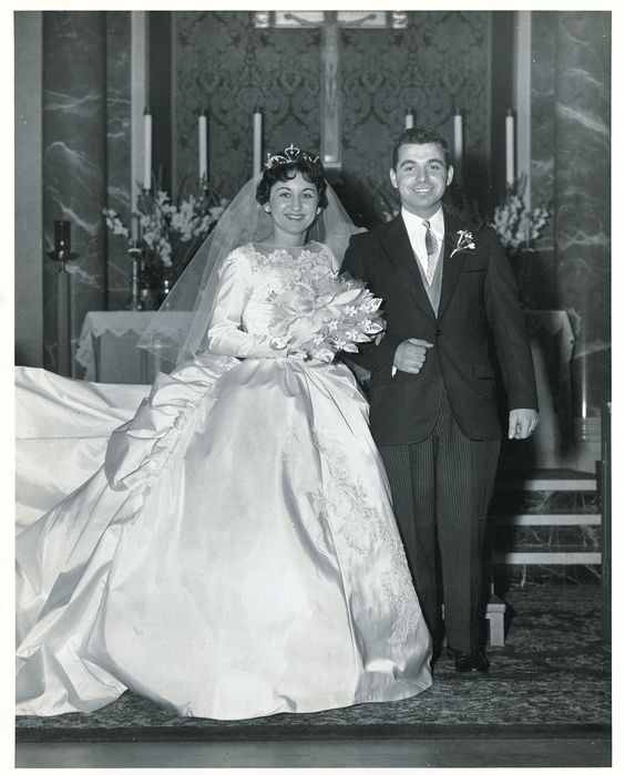 1962 bride and groom.