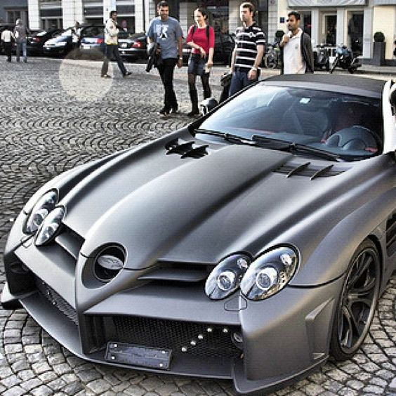 mercedes slr mclaren with an immense body kit luxury car lifestyle pinterest slr mclaren. Black Bedroom Furniture Sets. Home Design Ideas