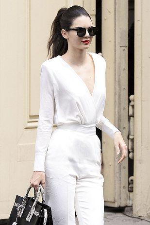 Quand elle a porté cette combinaison blanche et que c'était une tuerie. | 20 fois où on a eu envie d'être Kendall Jenner