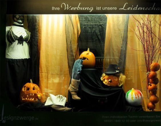 designzwerge Halloweenschaufenster 2012