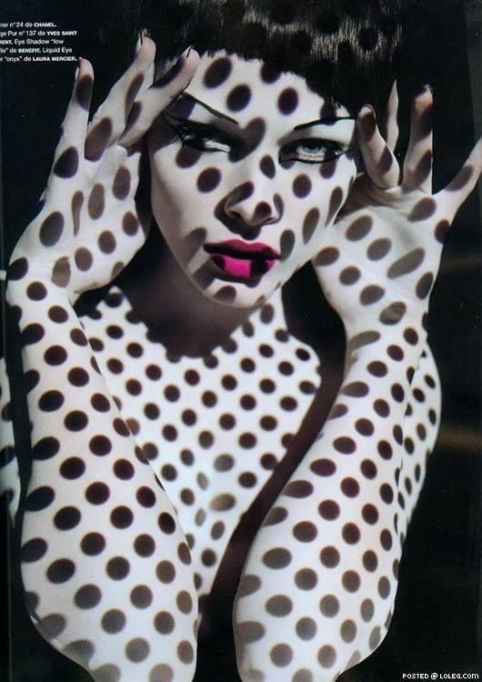 Dots by Solve Sundsbo
