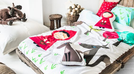 hello, Wonderful - FALL ASLEEP IN A STORYBOOK: CUTE BEDDING FOR KIDS
