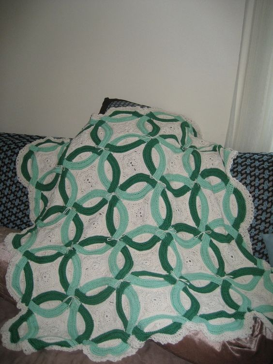 Crochet Afghan Pattern For Wedding Gift : Gehaakte bruiloft, Trouwring and Dubbele trouwringen on ...