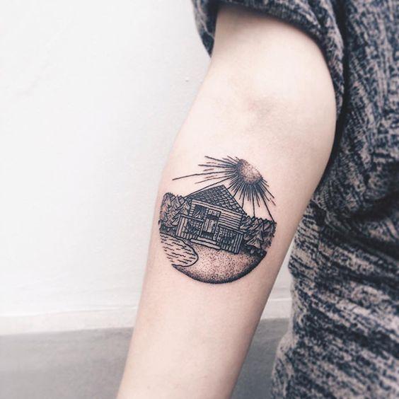 Roma Severov usa círculos e triângulos como padrão para criar incríveis desenhos na pele