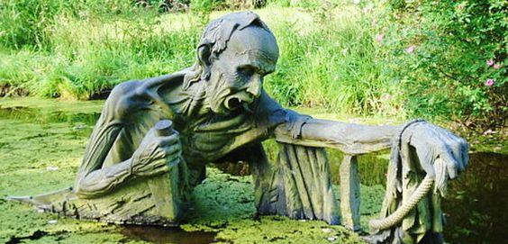 Esculturas muy raras en Wicklow - http://www.absolutirlanda.com/esculturas-muy-raras-en-wicklow/