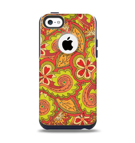 The Retro Red and Green Floral Pattern Apple iPhone 5c Otterbox Commuter Case Skin Set