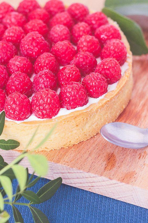 Recette tarte fruits rouges framboise chocolat blanc chantilly mascarpone, pâte sablée à l'amande
