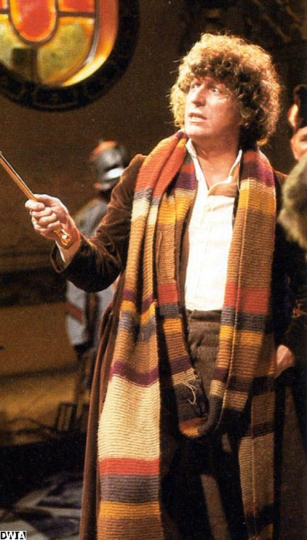 Tom Baker #5 is my favorite doctor from the old episodes :)