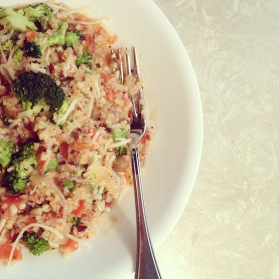 I made something!!! Quinoa risotto with tomatoes and broccoli