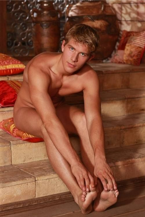 ... men barefoot guys beautiful guys hot male feet beautiful boys hot guys